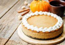 Dolci di Halloween: la ricetta del cheesecake alla zucca, ingredienti e preparazione