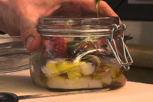 Ricette di pesce estive: più belle se presentate nel barattolo di vetro