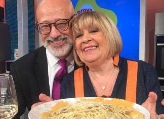 Anna Moroni ultima ricetta La Prova del Cuoco: spaghetti cacio e pepe